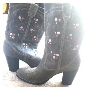 Seychelles Floral calf length boots